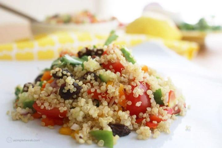 easy-light-quinoa-salad