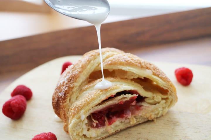 Raspberry-Cream-Cheese-Pastry