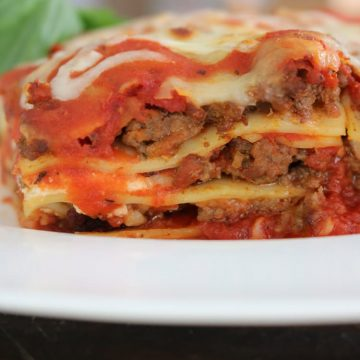 You-can't-go-wrong-with-this-lasagna-recipe.-This-will-end-your-search-for-the-easiest-and-most-flavorful-lasagna