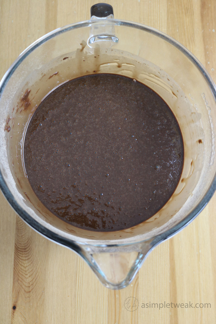 How-to-make-the-chocolate-cake-layers